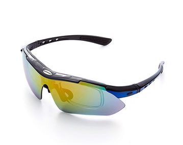 Good looking sports sunglasses